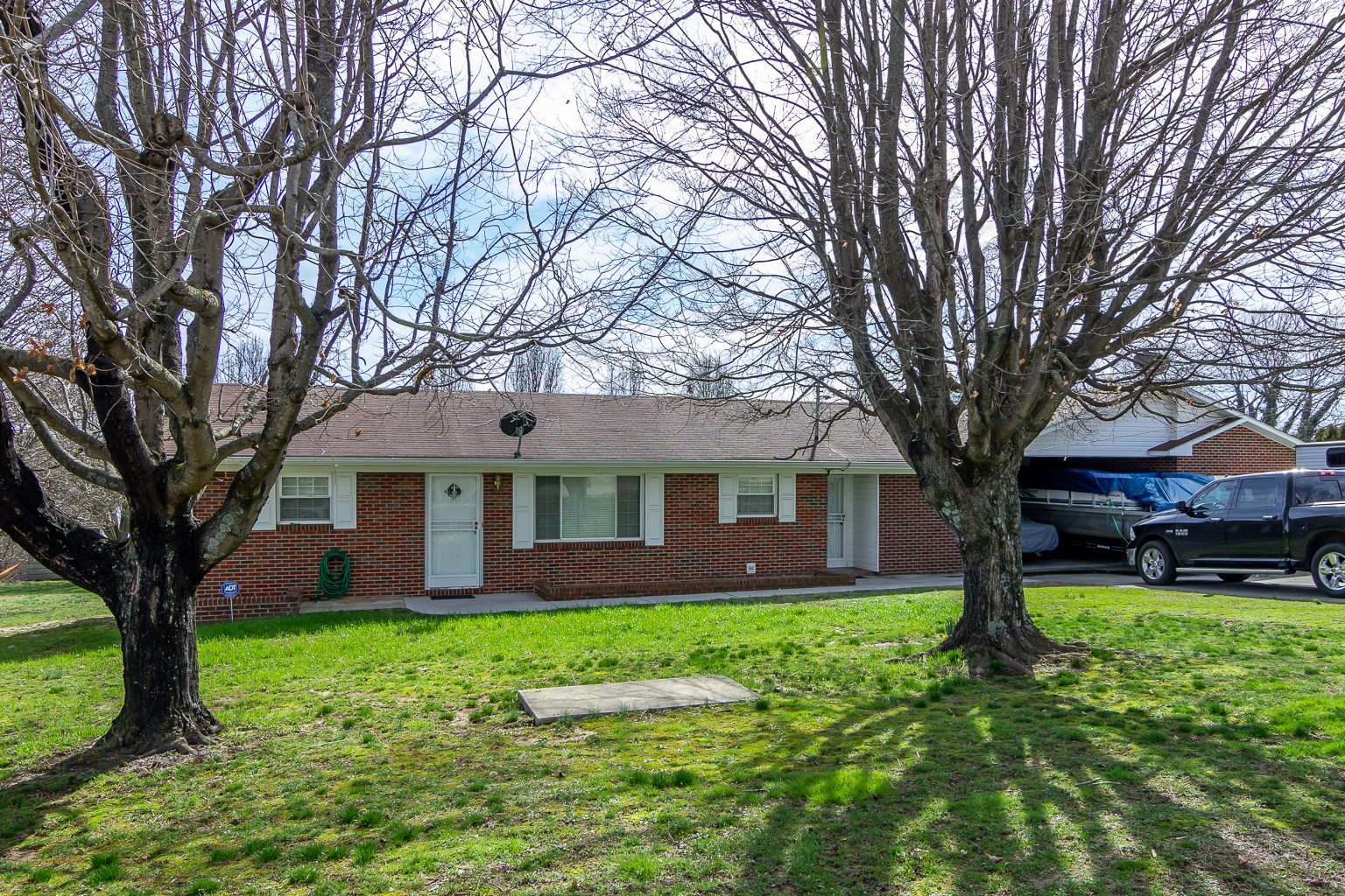3 BR, 2 BA full, brick home in Hamblen County, TN
