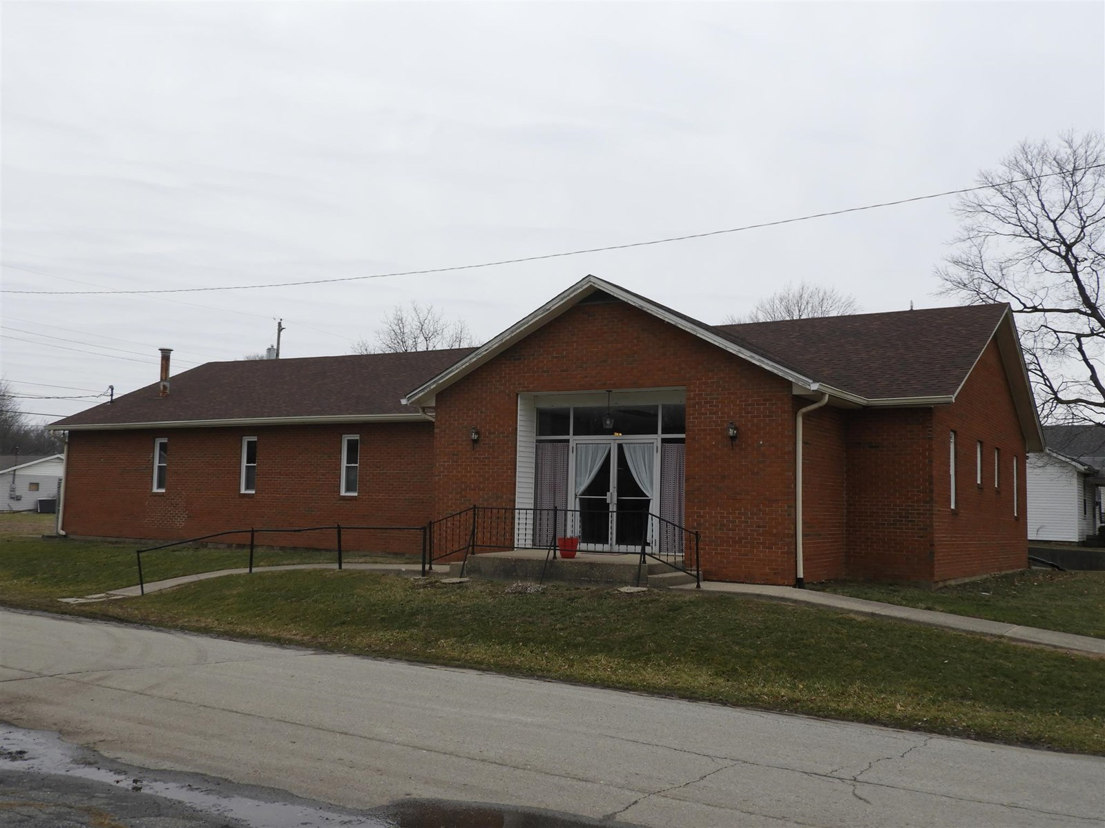 Commercial Building for Auction