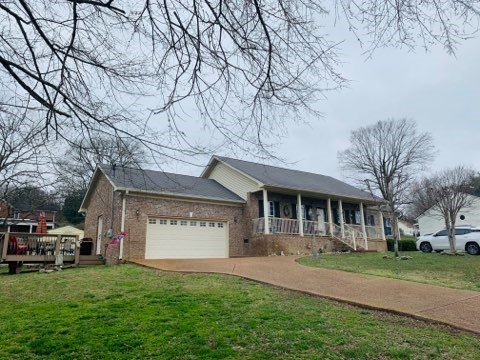 All Brick Home for Sale in Mount Pleasant, Tennessee
