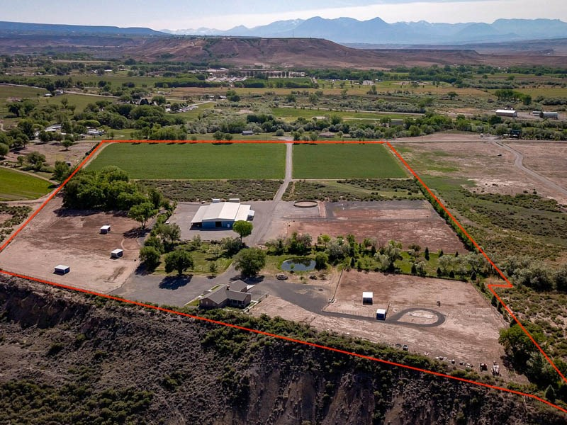 Horse property w/ home and equestrian facility for sale