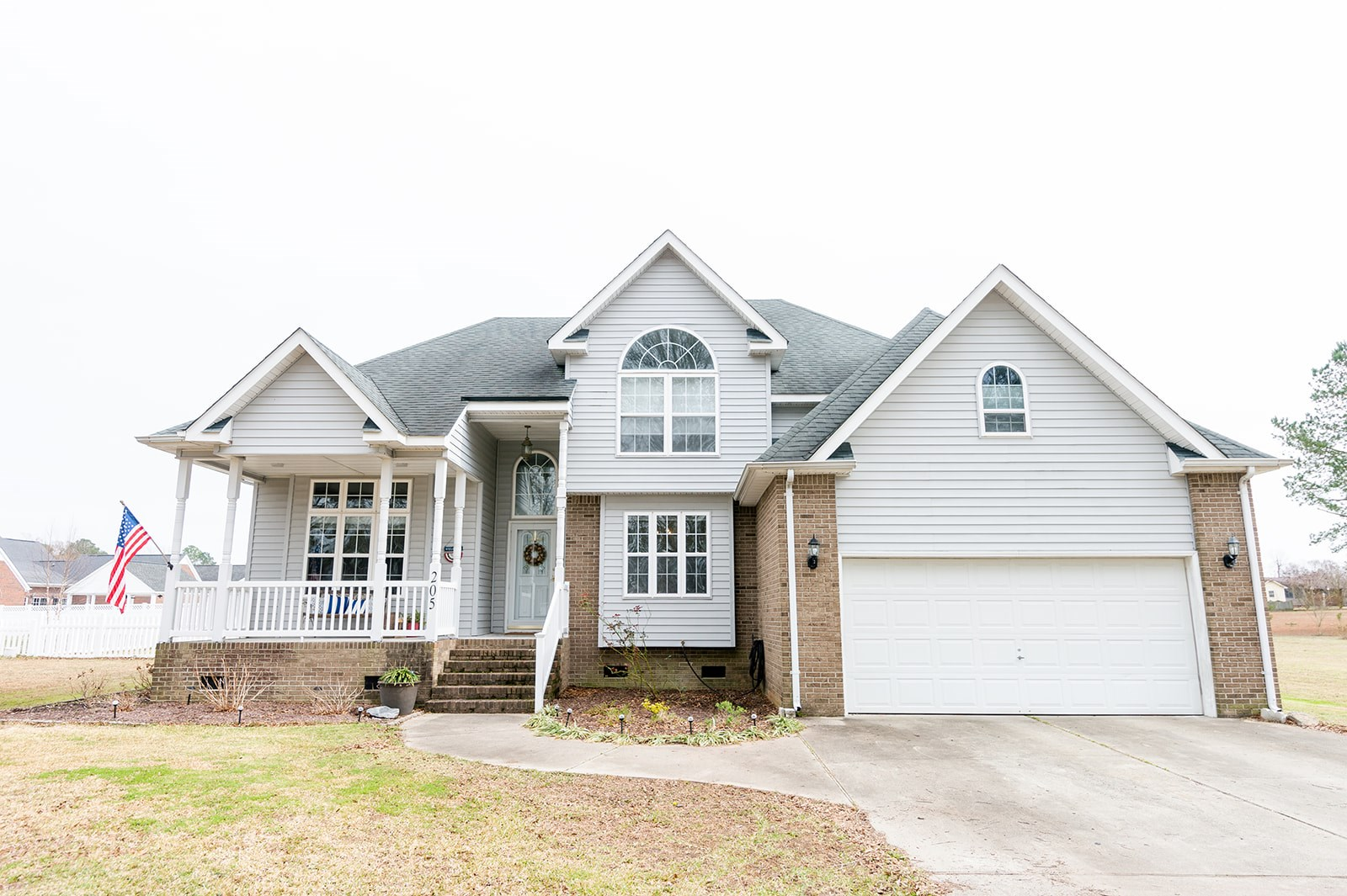 Spacious 4 Bedroom Home Minutes from Downtown Edenton NC