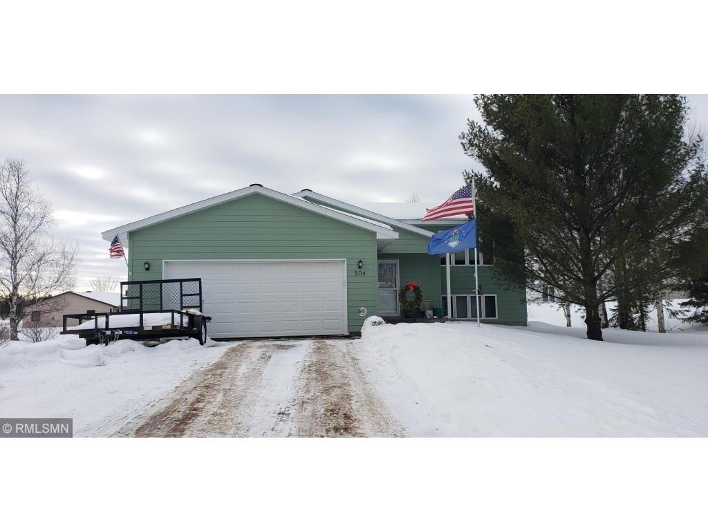 Home, Attached Garage For Sale in town Hinckley, Minnesota