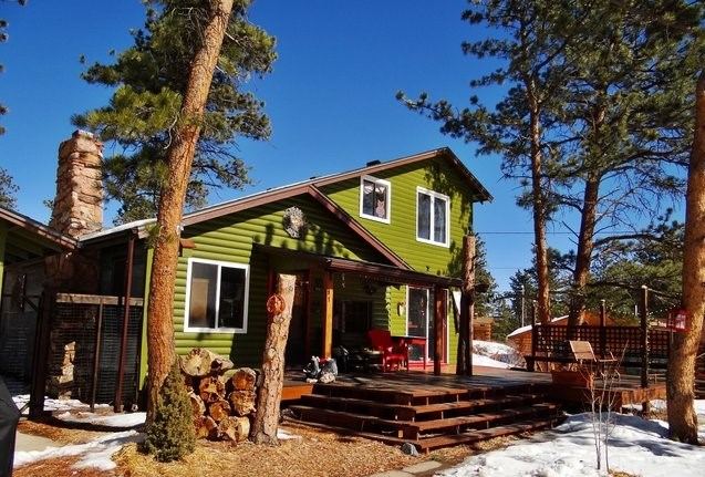 Year Round Cabin Bordering National Forest