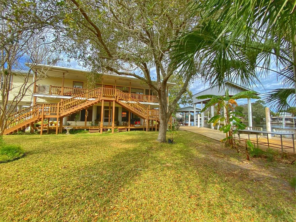 SUWANNEE WATERFRONT HOME FOR SALE - Dixie County, Florida