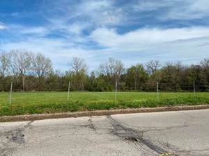 MIXED USE DEVELOPMENT LAND NEAR I-70 IN OAK GROVE, MO