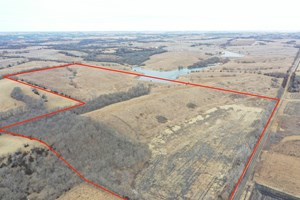 HUNTING LAND FOR SALE IN SOUTHERN IOWA REMOTE WITH INCOME