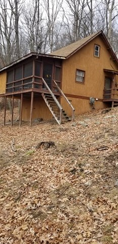 Beautiful vacation home on 2 acres in scenic WV