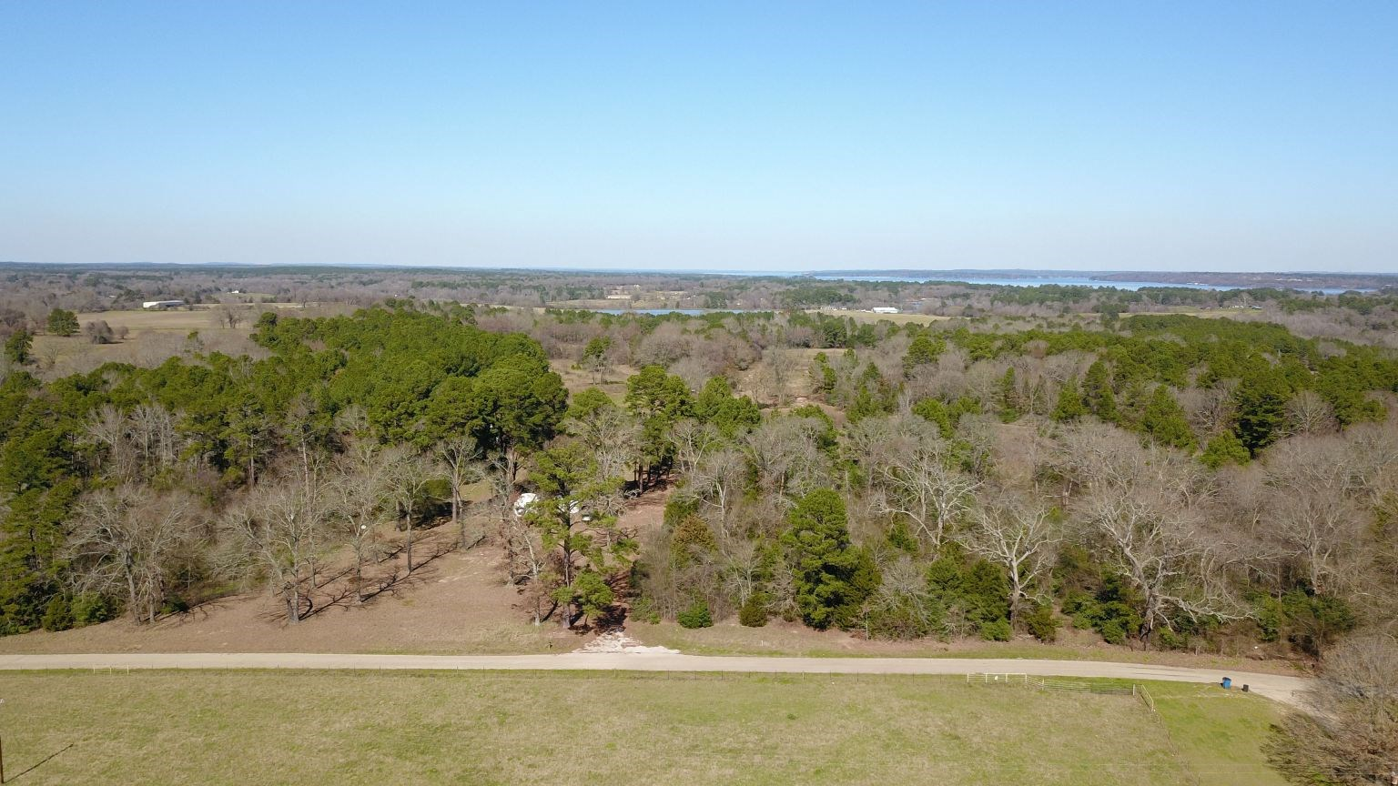 EAST TX LAND FOR SALE W/ METAL SHOP | FRANKSTON REAL ESTATE