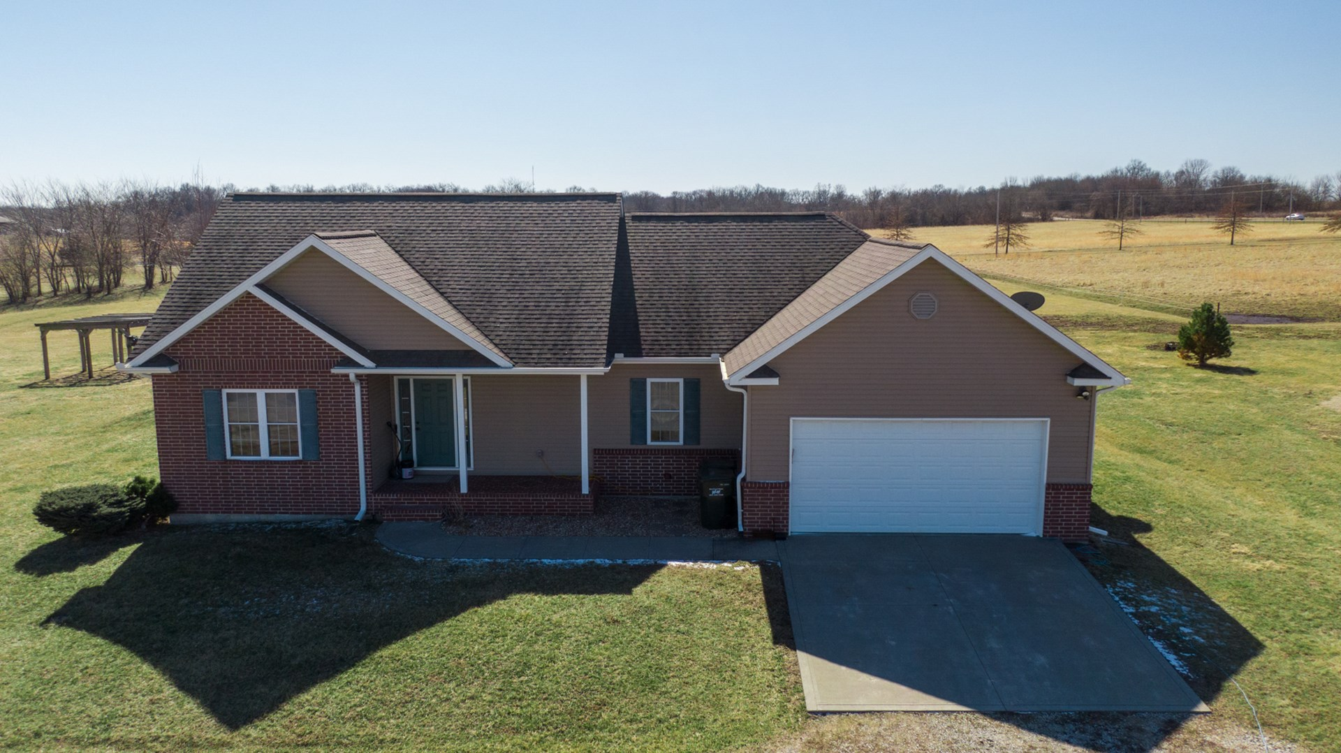 Beautiful Home on 12 Acres in Henry County For Sale!