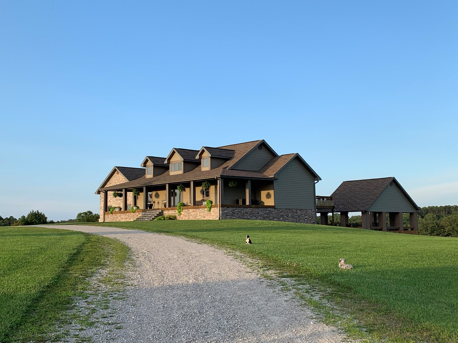 Total Package - A Dream Property for Sale in Southern MO.
