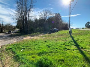 HWY 31 W CORNER TRACT FOR SALE 6+ ACRES COMMERCIAL LAND