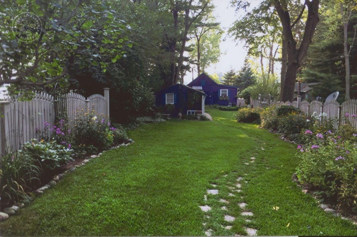 1 Bedroom Cottage & Guest Cottage on Park Lake Pardeeville W