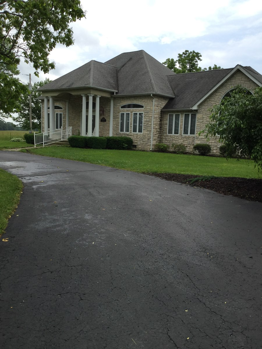 Beautiful Home and Land for Sale in South Central Missouri