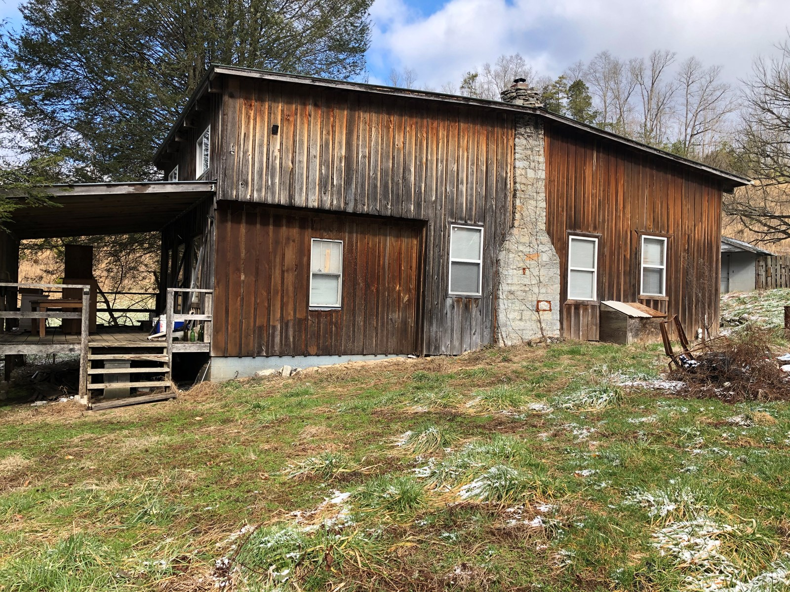 3 BR, 1 BA Fixer Upper For Sale in Eidson, TN