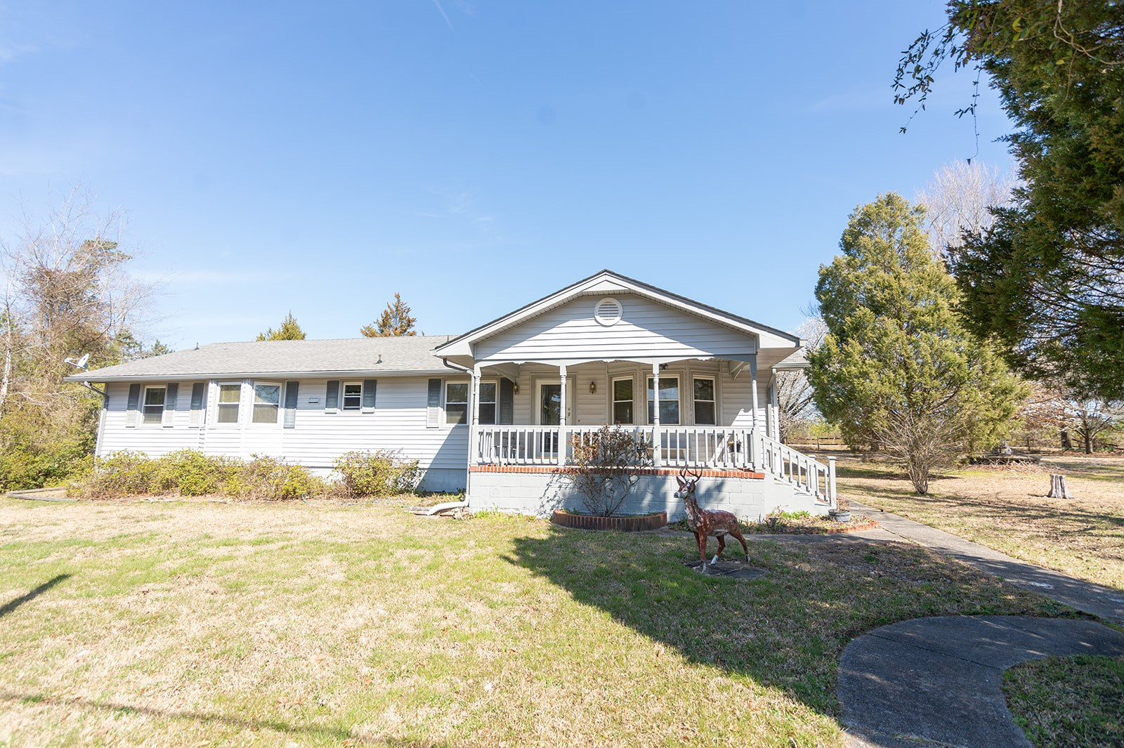 Well Maintained Single Story Ranch