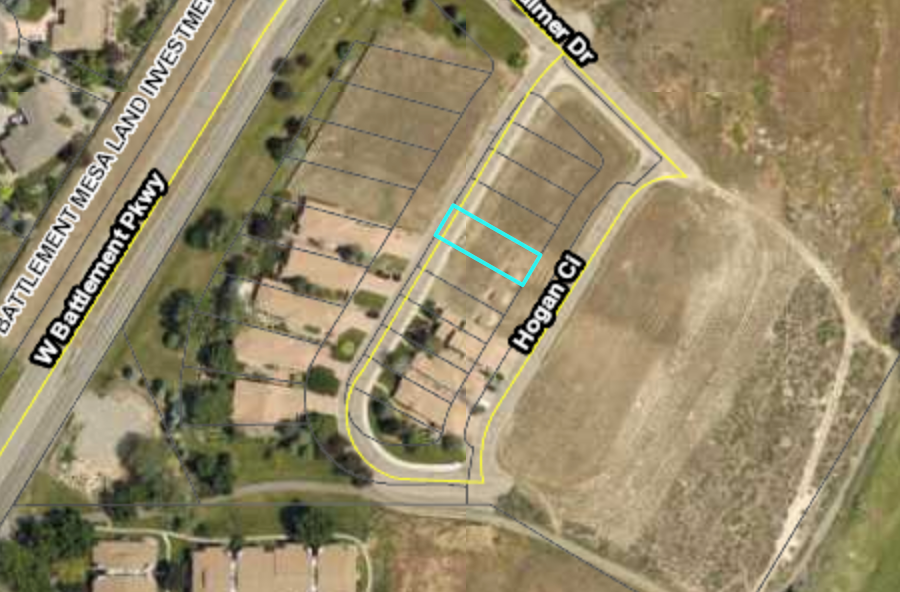 Building Lot for Sale Adjacent to Golf Course