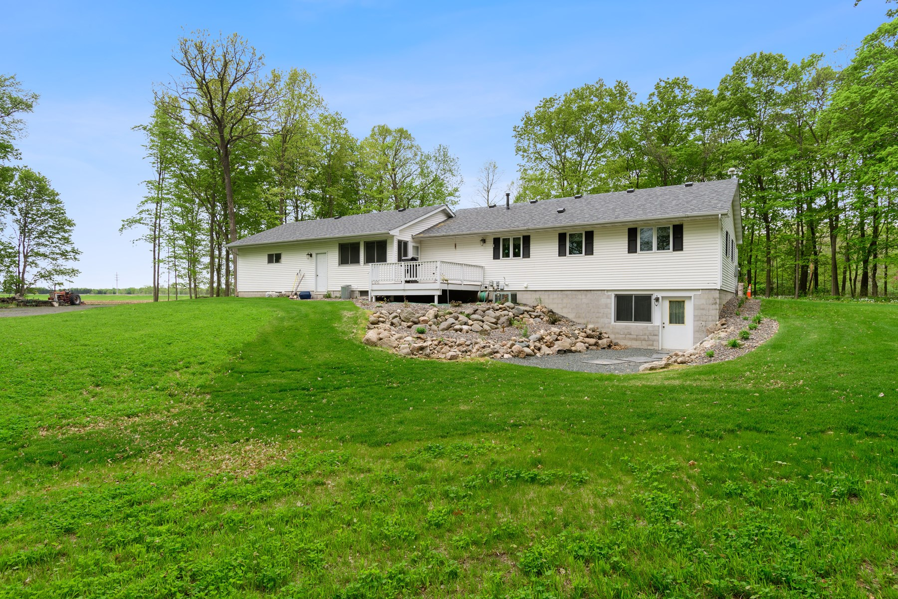 Beautiful 4 BR Country Home located on 10 acres