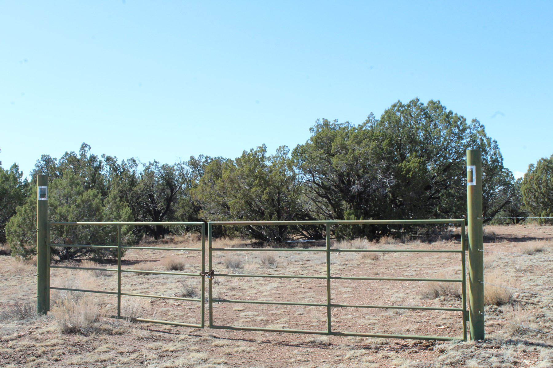 Off Grid Acreage, Corners with Public Land, No HOA