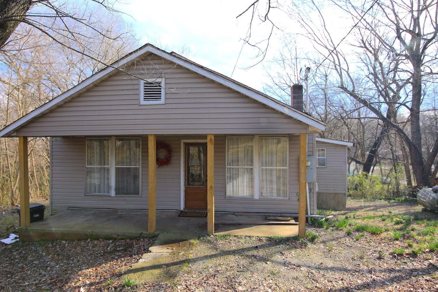 Two Bedroom House in Mammoth Spring, AR