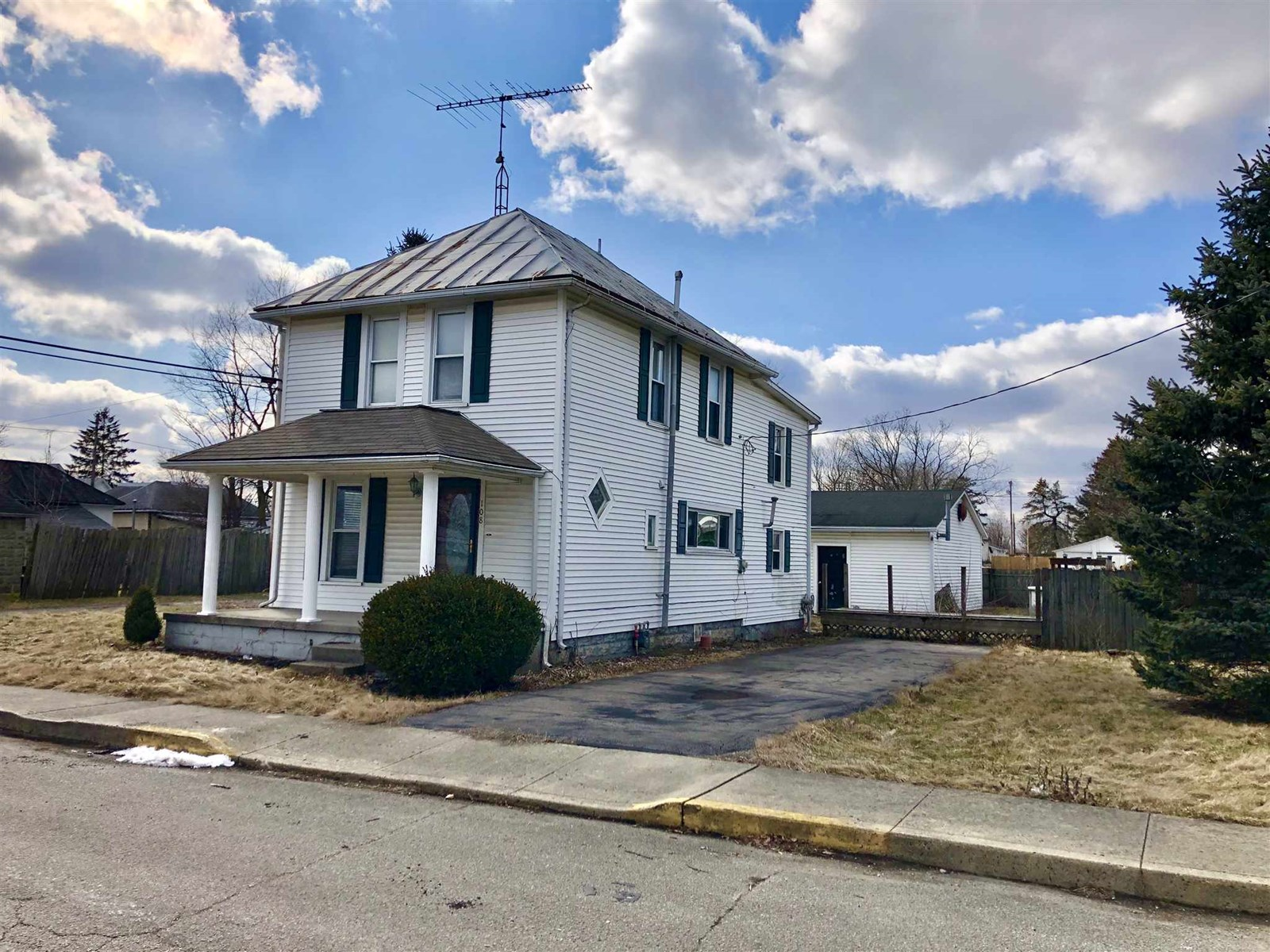 Home for Sale Lynn, Indiana