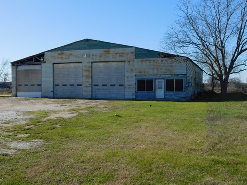 Commercial Trucking Facility For Sale - Fairfield, TX