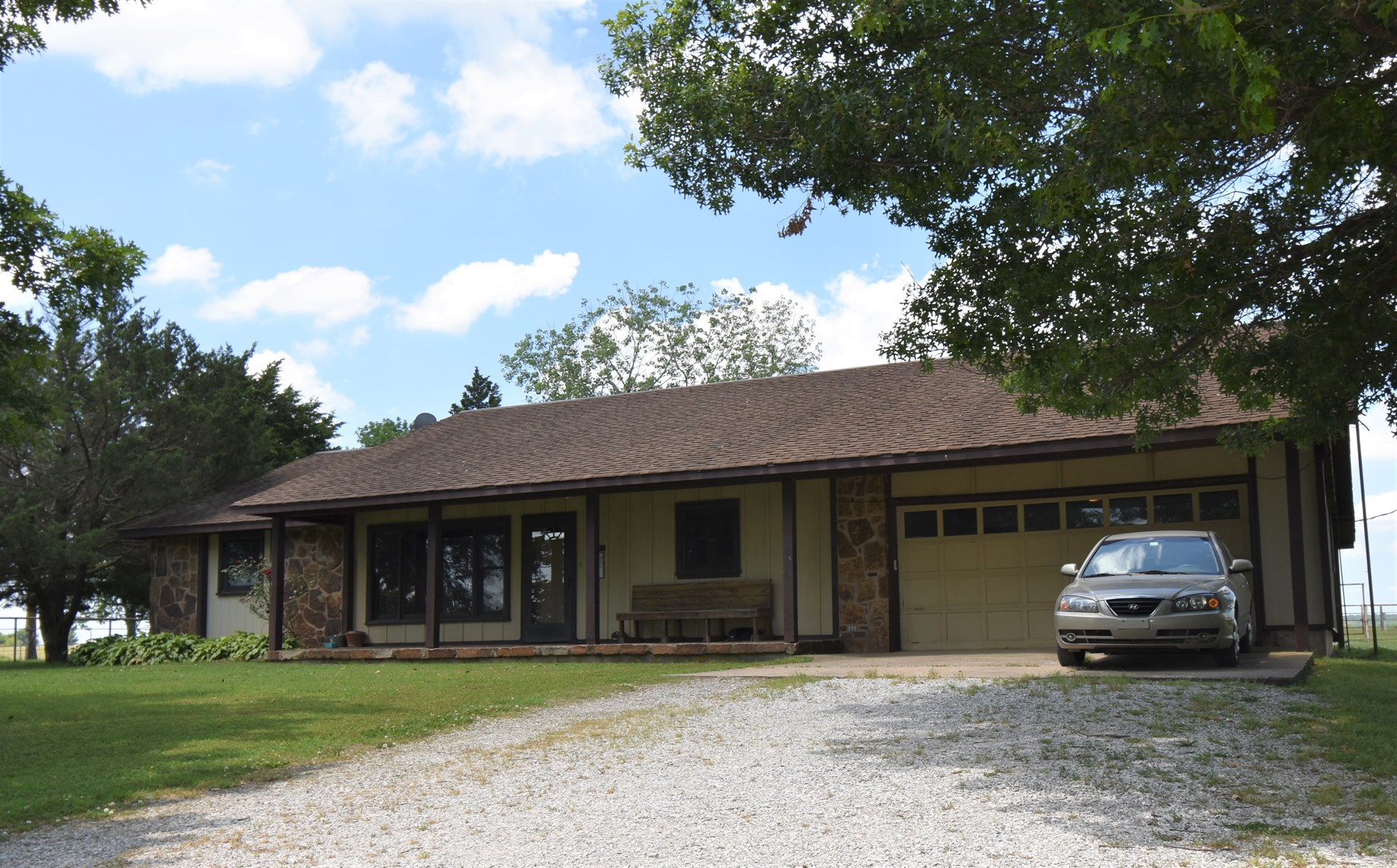 Incredible Operational Ready Ranch/Farm/Hunting/Property!