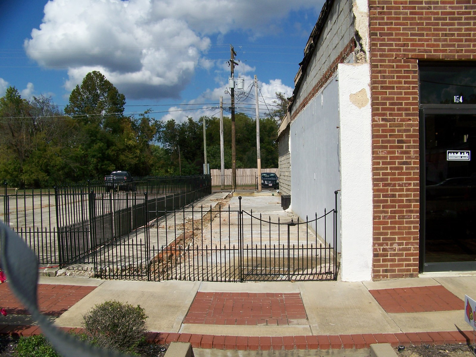 PRIME COMMERCIAL LOT FOR SALE IN ADAMSVILLE, TN