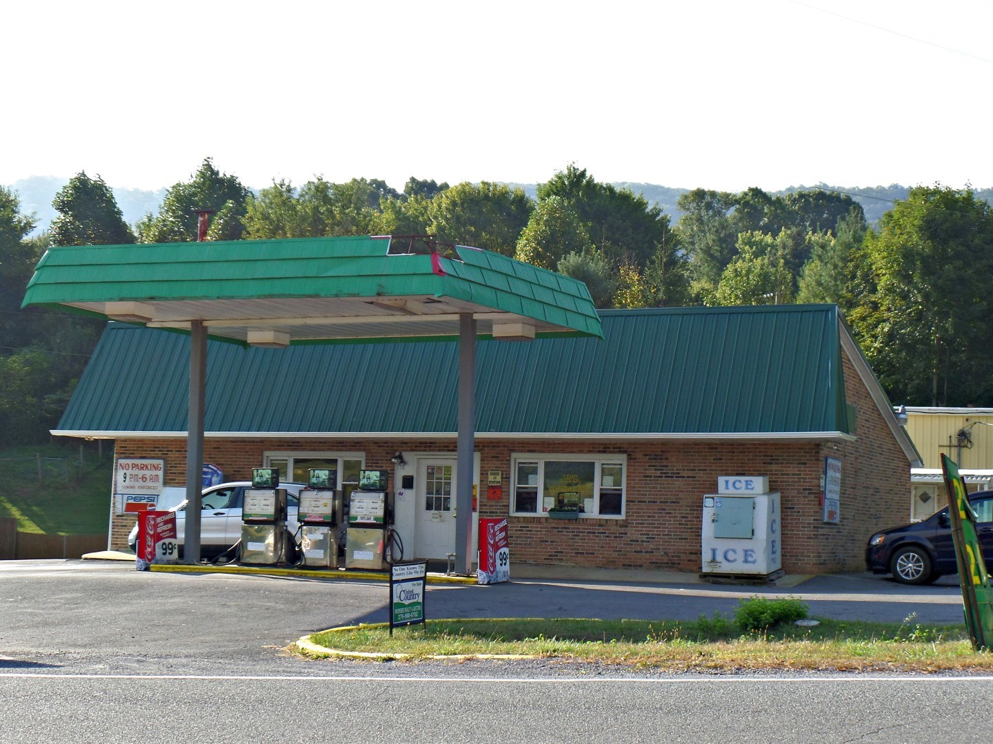 Gas Station/Mini Mar tINVESTMENT OPPORTUNITY Tazewell, VA