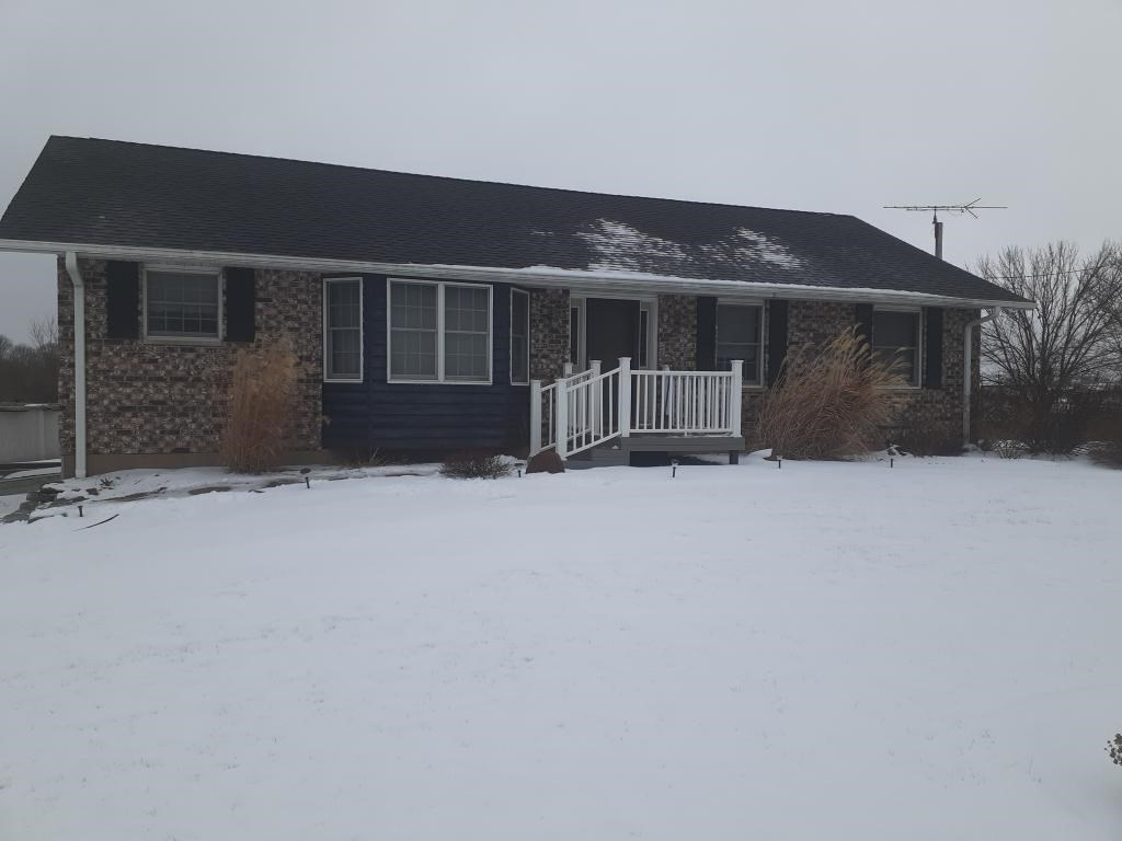 Brick Ranch Home For Sale on Acreage Keokuk, IA