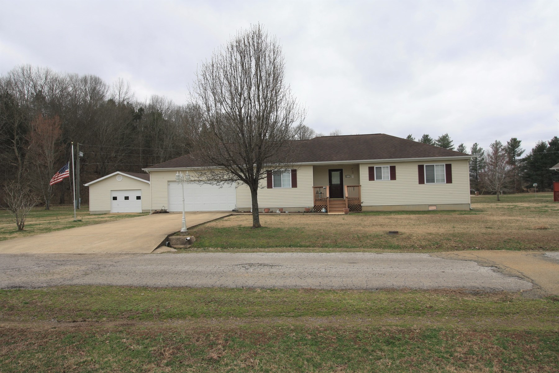 Piedmont Missouri Home for sale
