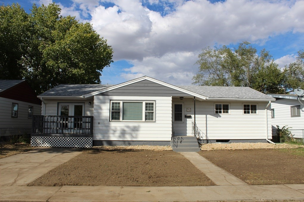 Fixer upper home - Owner open to options
