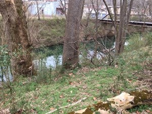 COMMERCIAL LOT FOR SALE IN CALICO ROCK, ARKANSAS