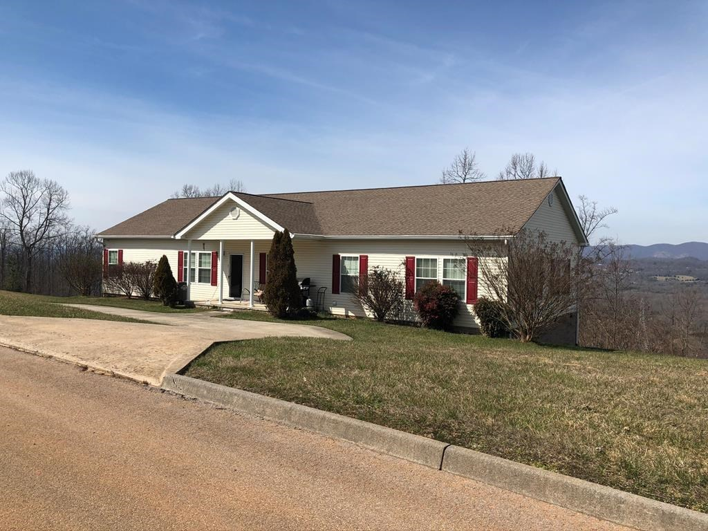 Country Home With Mountain Views For Sale In Kingsport TN