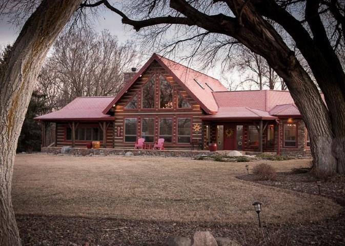 Luxury Log Home & Recreational Land For Sale - Fontanelle NE