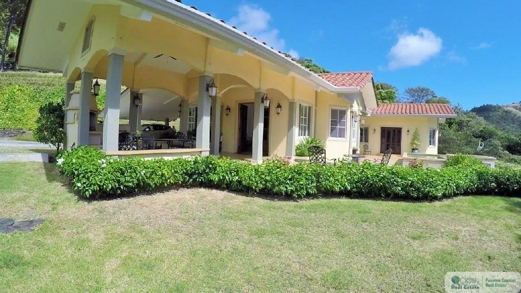 HOUSE FOR SALE IN ALTOS DEL MARIA PANAMA