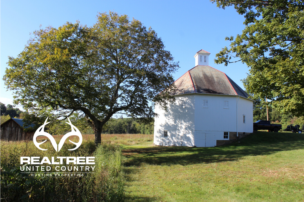 Ohio Land for Sale with Historic Octagon Barn