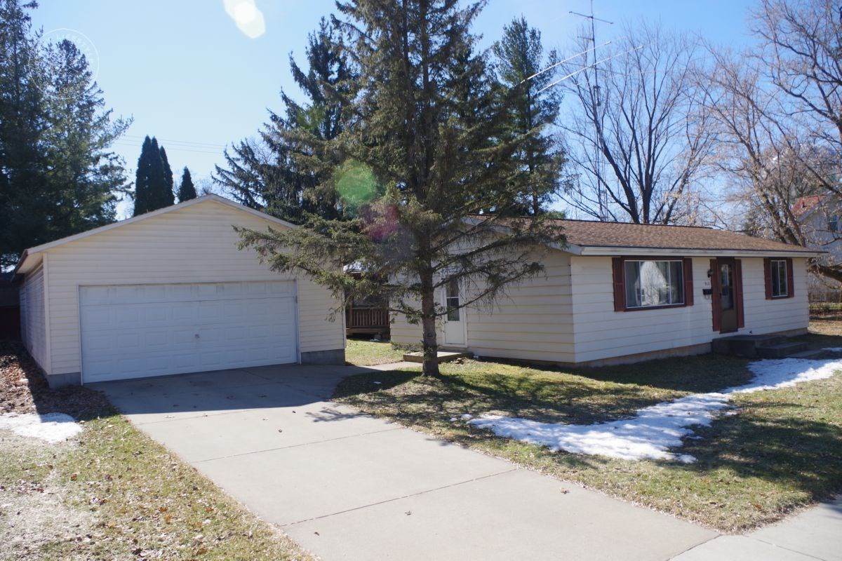 Cozy Move-In Ready Home Columbia County WI