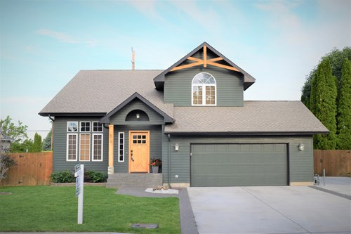 Home For Sale in College Place, WA in Walla Walla County