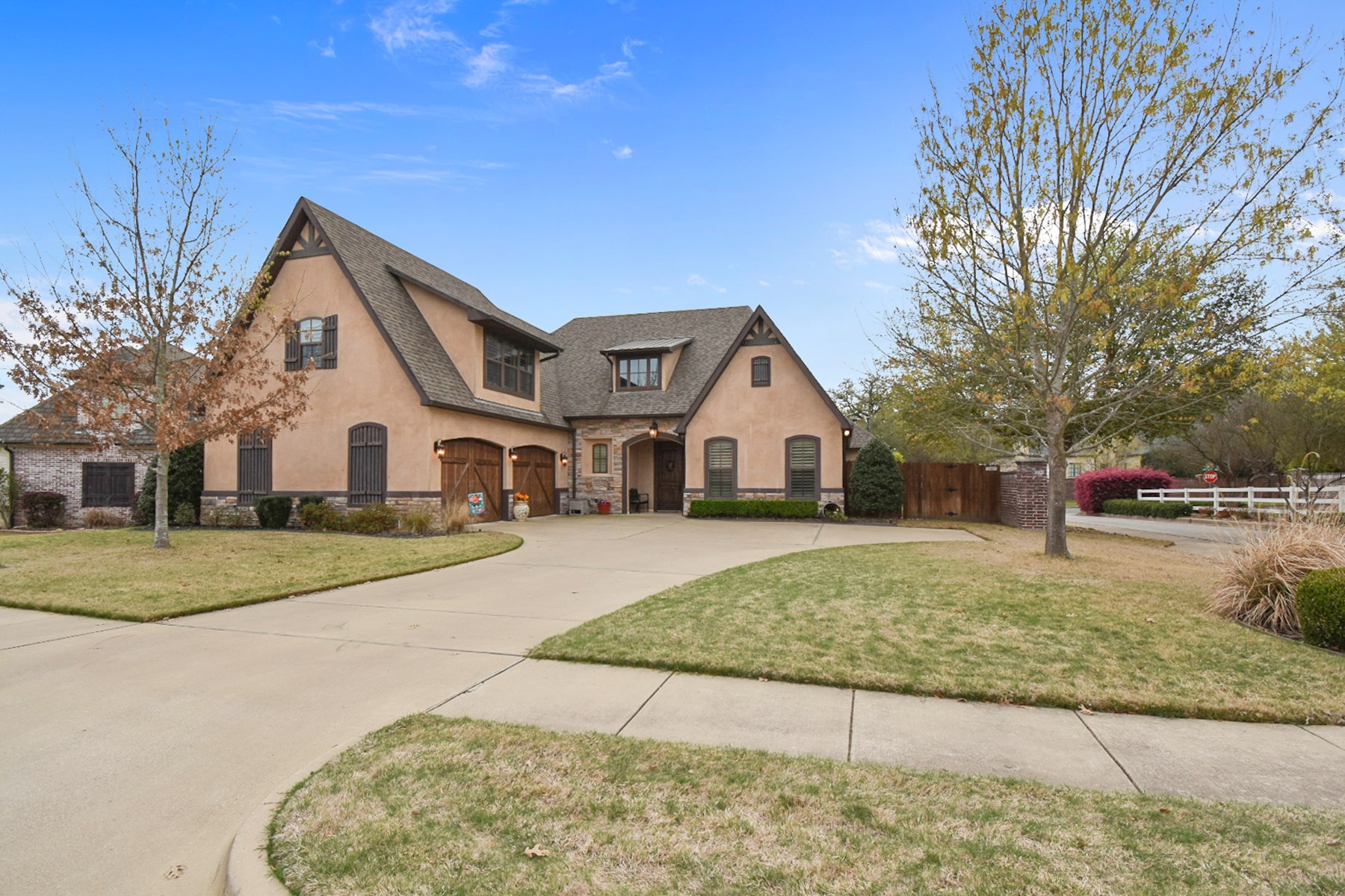 STUNNING 4 BEDROOM 3 BATH HOME IN SOUTH TYLER FOR SALE