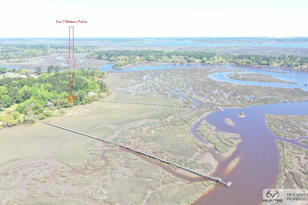 Deepwater Deloss Point Vacant Waterfront Lot