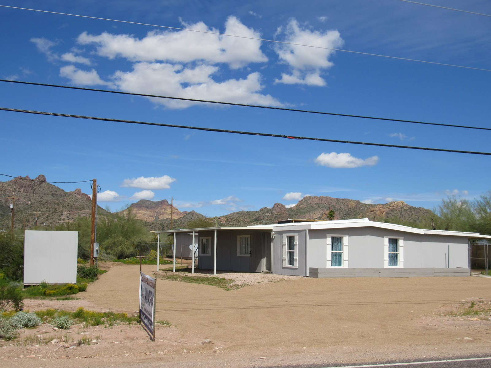 3 BEDROOM APACHE JUNCTION HORSE PROPERTY FOR SALE