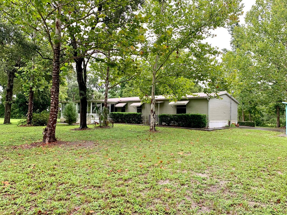 COUNTRY HOME FOR SALE 5 ACRES TRENTON FLORIDA