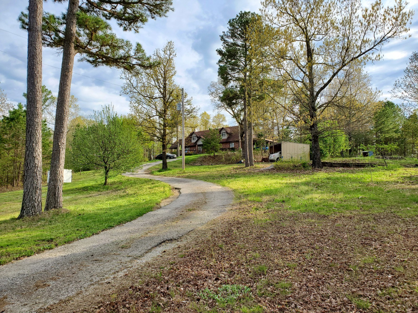 Country Home for Sale in the Southern Missouri Ozarks