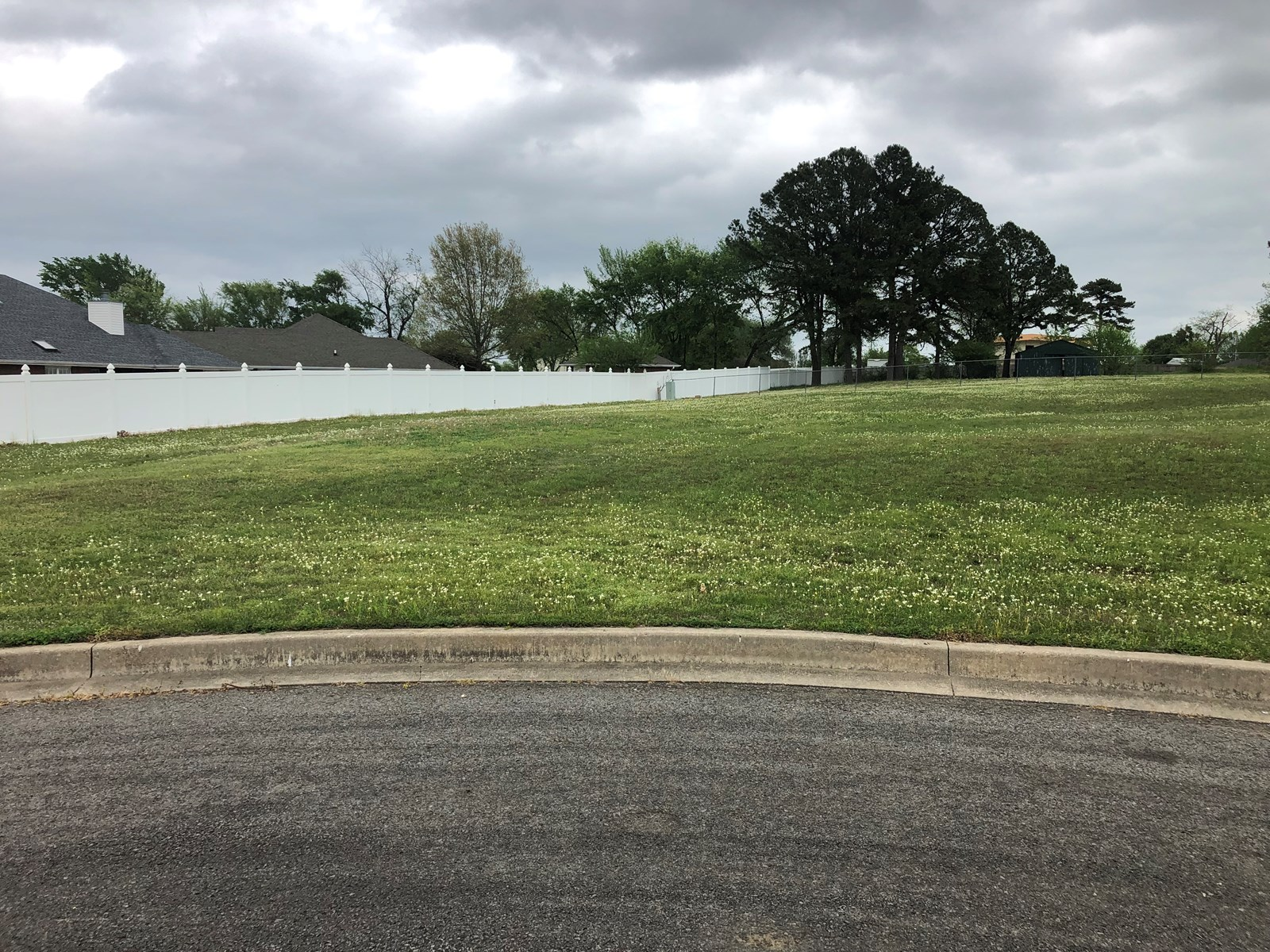 FOR SALE 1/2 ACRE LOT IN RICHLAND ESTATES SALLISAW OK