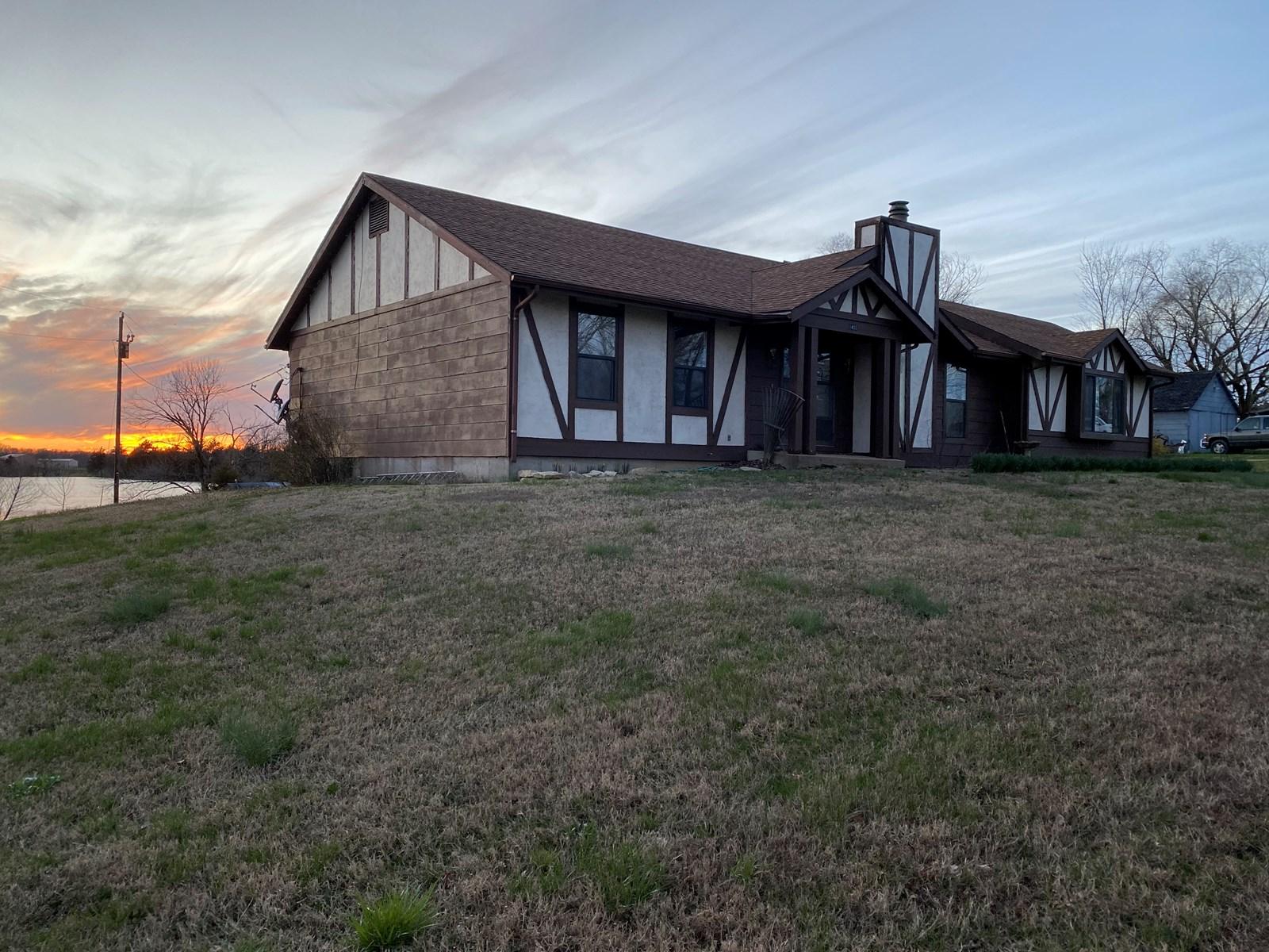 Home 12 acre lake, Vienna, Rolla, Jefferson City, Missouri,