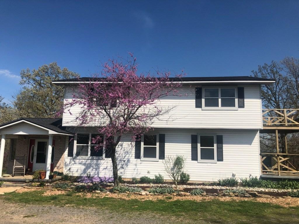 Arkansas Country Home & Hobby Farm For Sale