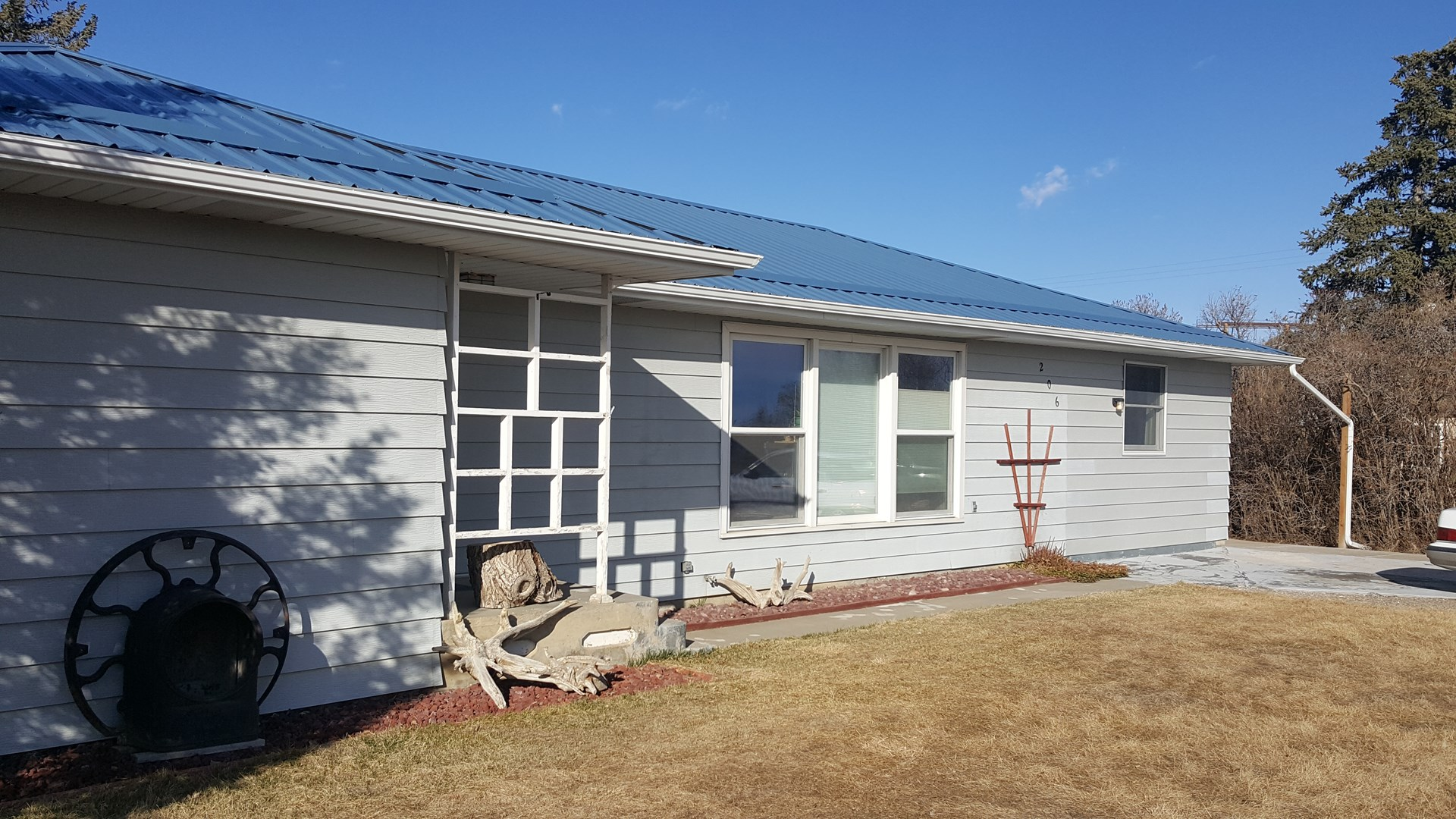 Small Town Living/4 bed/2 bath/Brady MT/$125,000
