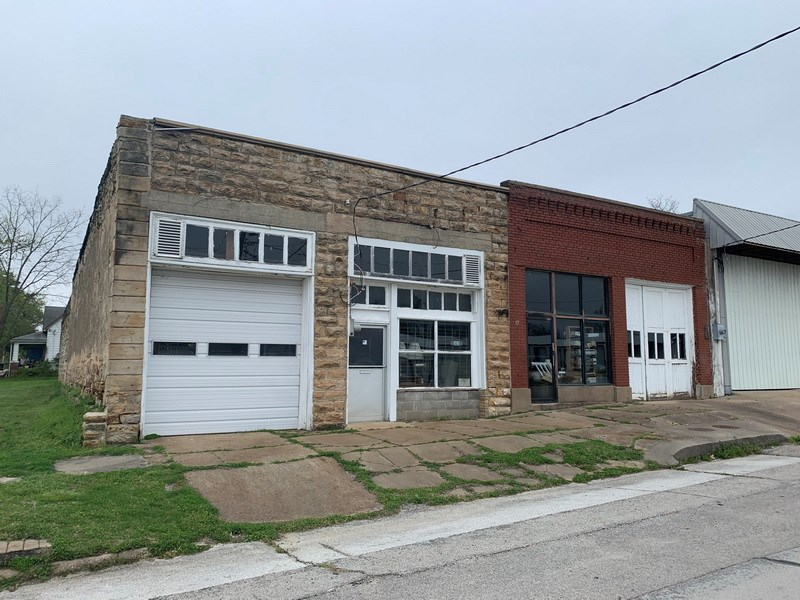 Commercial Property and Buildings in El Dorado Springs, MO