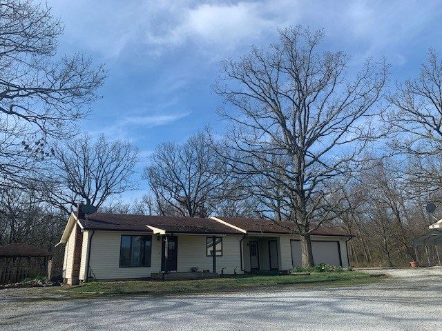Country Home For Sale In Greenfield, Mo