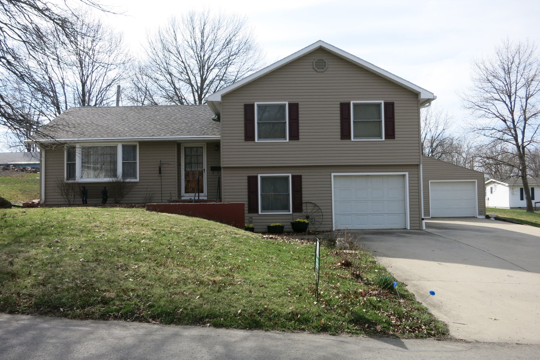 Home For Sale in Bethany MO